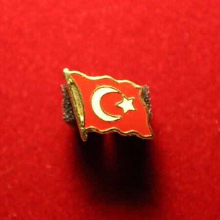 turk-bayragi-3-on